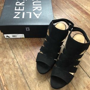Naturalizer Black Etta Platform Sandal / Heels 9.5